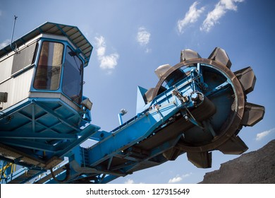 Small Stacker- reclaimer in CHP in Lodz, Poland