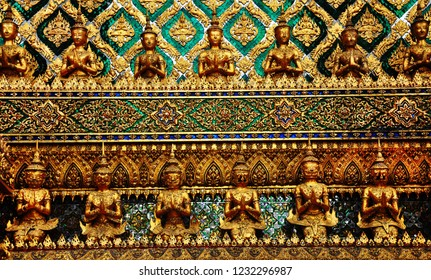 The small statue of the Vods in the temple in Thailand