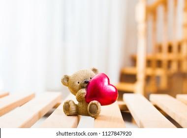 Small teddy Bear with heart
