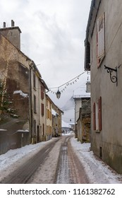 The small town of Bourg-d'Oisans is located in the region of the French Alps. It is surrounded by several well-known mountain resorts, including the Alpe d'Huez and Les Deux Alpes.