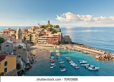 Small town Vernazza (Cinque Terre, Italy)