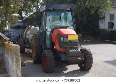 a small tractor does different work