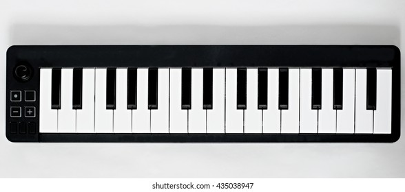 Small two and half octave keyboard