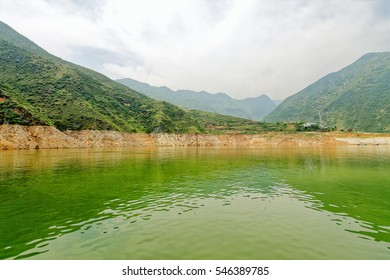 A small village sits in a small bay in the Three Lesser Gorges on the Yangtze River