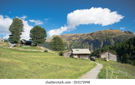 Small village in a valley in the swiss Alps