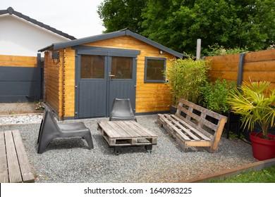Small wooden cabin house exterior design
