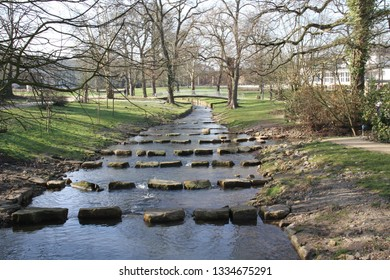 Smalltalk river in a Park