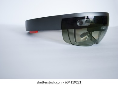 smart glasses holo lens close-up side view