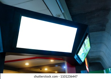 Smart LED TV white screen in department store.lcd with blank white screen for mockup and design.Modern technology for customer information services.Television,Advertising,Media