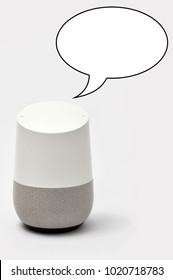 Smart Speaker with speech bubble