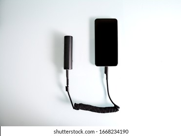 Smartphone charging with a power bank