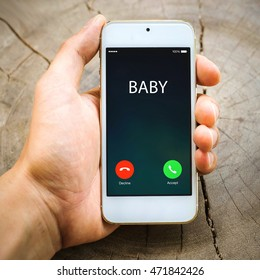 smartphone Incoming calls on hand :Baby ,lifestyle