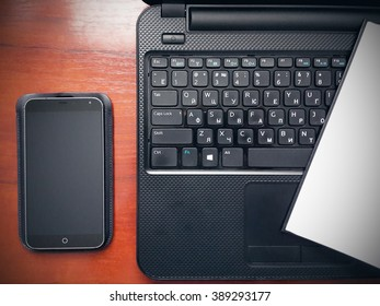 Smartphone and notebook business workspace