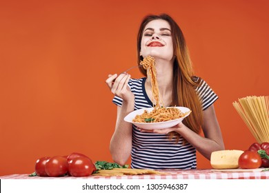 smell aroma tasty woman spaghetti pasta italy