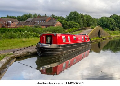 SMETHWICK, WEST MIDLANDS, UK - JUNE 25, 2017: Black Buck, a sixty foot narrow boat undertaking a cruise of the Black Country Ring, moored on the Birmingham Canal at Smethwick in the West Midlands.