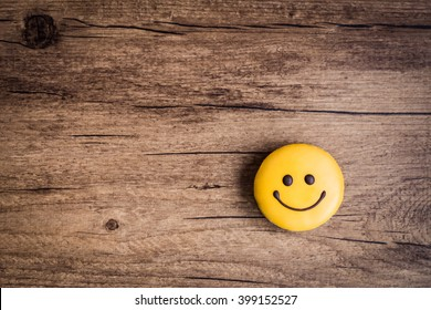 smiley face on wooden background, food, flat lay, top view, copy space