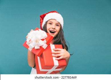 14d4ae4cd95cc Little Girl Christmas Gift Images