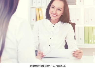 HR dating anställd dejtingsida Sverige