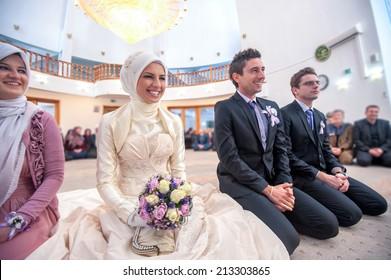 Muslim Wedding Dress Images Stock Photos Vectors Shutterstock
