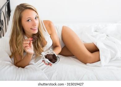 lesbo seksiä blondi