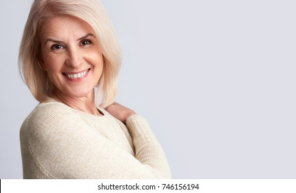 Smiling old woman portrait. anti aging concept