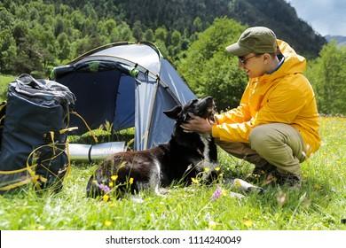 Imágenes, fotos de stock y vectores sobre Pet Camping | Shutterstock