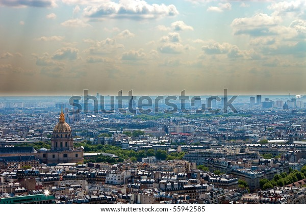 Smog in a large modern city, Paris.