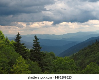 Smoky Mountains Blue Mountain Range and Valley