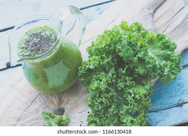 Smoothie with kale/toned photo