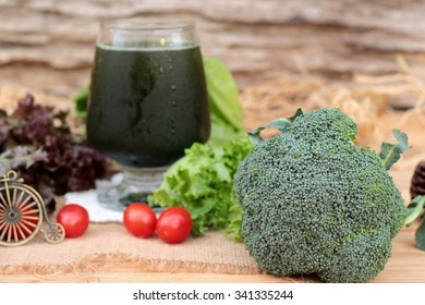 Smoothies green vegetables for health