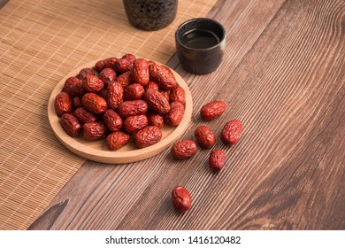 Snack food red jujube image