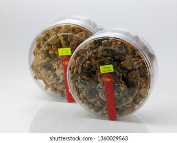 snack honey mix nuts on in transparent container