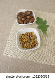 Snack made of roasted acorns