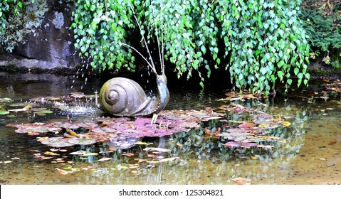 Snail water fountain