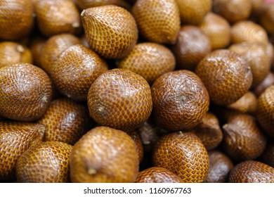 snake fruits (salak)