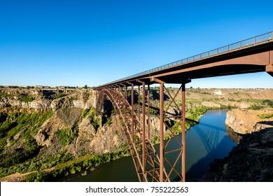 Snake River and Perrine Bridge near Twin Falls, Idaho, USA