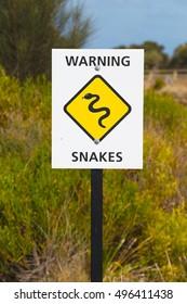 Snake warning sign in Australia