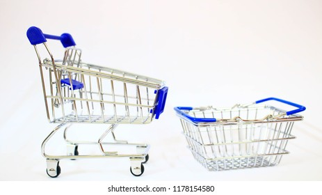 cd632a53df3 Snapdeal Online Utility Carters Shopping Mall Centres Fashion Best  Store.Trolley Isolated on white background