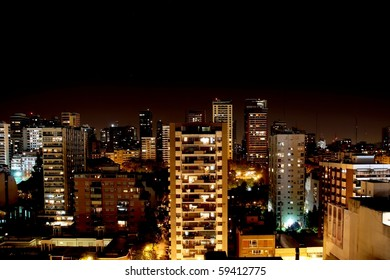 Snapshot in the night in Buenos Aires