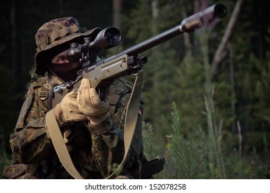 Sniper attack the enemy from a secured position