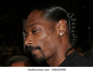 "Snoop Dogg at the ""Get Rich or Die Tryin'"" Los Angeles Premiere held at the Grauman's Chinese Theatre in Hollywood, California United States on November 2, 2005."