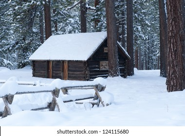 Snow Cabin In Lake Tahoe