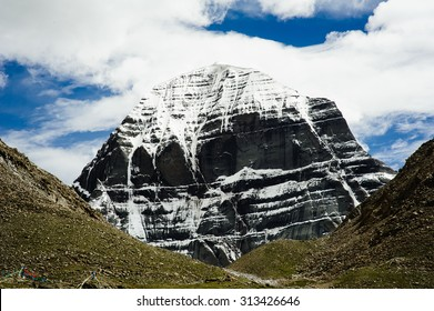 Snow Capped Mount Kailash in Tibet, China. Mt Kailash is a holy mountain, worshipped in five eastern religions/Snow Capped Mount Kailash in Tibet, China