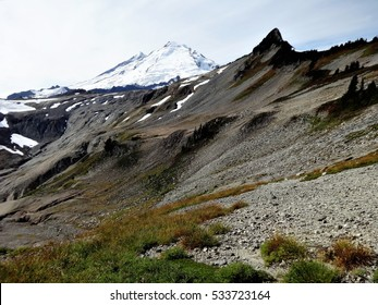 Snow covered Mount Baker from Ptarmigan Ridge in fall