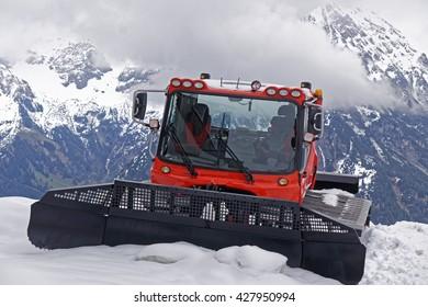 snow crawler