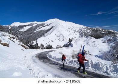 snow& mountain-climbing