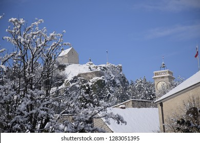SNOW IN SINJ - OLD TOWN