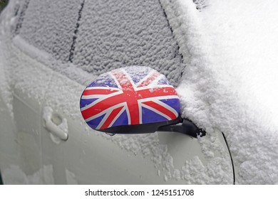 Snow at vehicle in Great Britain