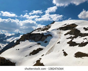 Snow-covered alpine peak Schäfler (Schafler od Schaefler) in mountain range Alpstein - Canton of Appenzell Innerrhoden (AI), Switzerland