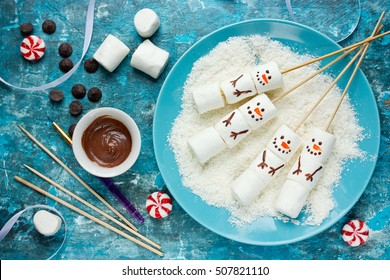 Snowman marshmallow pops Christmas food art idea